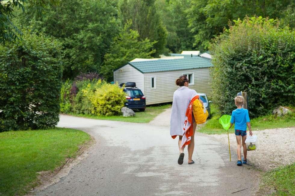 famille camping avec piscine Chatillon jura